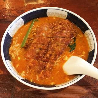 排骨担々麺(支那麺 はしご 入船店 (しなめんはしご))