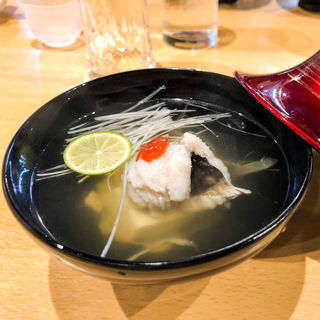 鱧のお椀(和食dining 米倉)