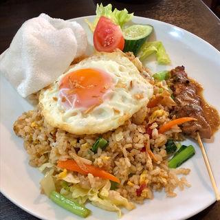 インドネシア風チャーハン(ビンタン・バリ (Bintang Bali))