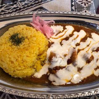 たっぷりチーズカレー(ケプリ大阪)