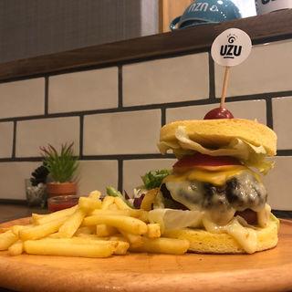 特製ロールケーキハンバーガー(UZU 梅田中崎町店)