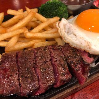 黒毛アンガス牛ステーキ&ビーフハンバーグランチ(ライオン池袋西口店)
