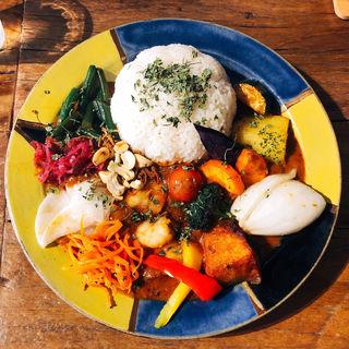 エビカレー(もりもり野菜)(Mikazuki curry SAMURAI. 下北沢店)