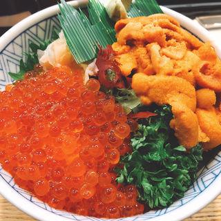 ウニいくら丼(まつくら寿司)