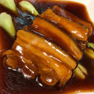 豚バラ肉の醤油煮込み