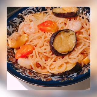 夏野菜たっぷりのオイルベースのスパゲッティ