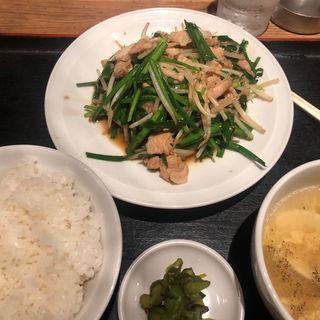 肉ニラ定(小次郎 歌舞伎町店 )