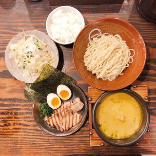 特製カレーつけめん(野菜盛り、ライストッピング)(しゅういち 等々力店 )