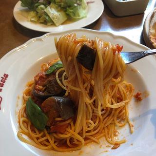 揚げナスとツナのトマトソース(ジョリーパスタ 三木店 )