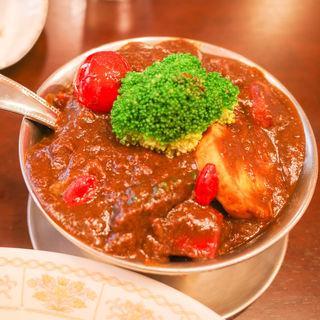 和牛ビーフジャワカレー(ご飯追加、極辛)+季節の野菜(トマト)