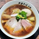 鴨中華そば味玉入り(醤油)(鴨と鶏 中華そば 大林)