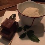 吟醸アイスとチョコレート羊羹(ドメ )