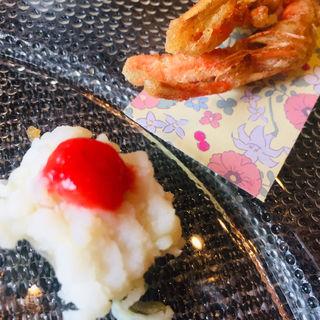 鱧の湯引きw/梅肉とゴーヤソース(魚食屋れすとらん びび )