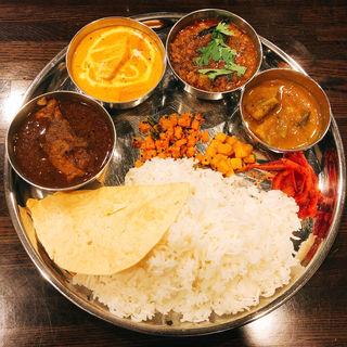 カリー3種(Spicy cafe RAJA)