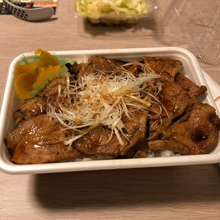 特上国産本ロース豚丼弁当 大盛(お持ち帰り弁当)(なまらうまいっしょ 伊勢原店)