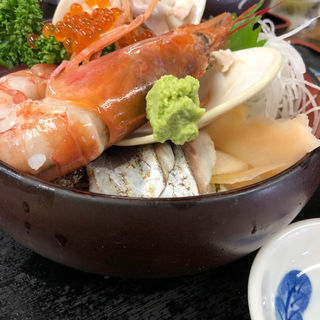海鮮丼(ばんや )