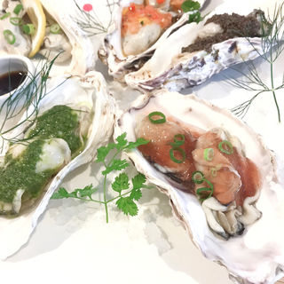 冷製牡蠣のヴァボーレ 5種盛り(KAIMARE)