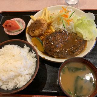 ハンバーグセット、クリームコロッケ(洋食や )