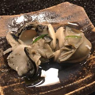 岩牡蠣の酒蒸し(鮨富 )