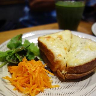 クロックムッシュ(ROJIURA BAKERY CAFE(ロヂウラベーカリーカフェ))