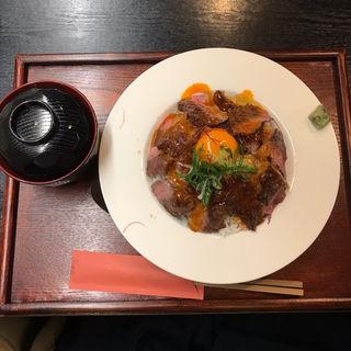 ローストビーフ丼(夢酒粋亭)