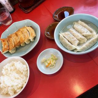 焼き餃子2 水餃子1 ライス(宇都宮みんみん 本店 )