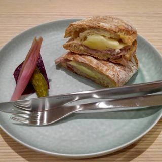 グリルドサンドイッチプレート(ポーク&チーズ)(ブルーボトルコーヒー 銀座シックス)