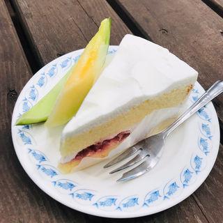 ケーキ(ショートケーキ)(レストハウス湯の丸)