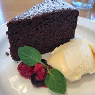 ガトーショコラ(カフェ オムニバス (cafe OMNIBUS))