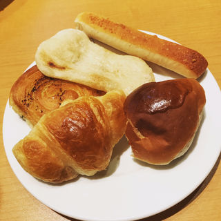 パン食べ放題(バケット アリオ亀有店 (BAQET))
