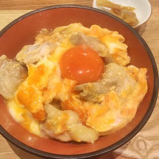 若鶏の親子丼と鴨うどんセット(鴨料理専門店 なかもぐろ)