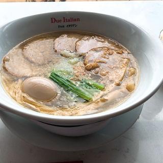 (黄金の塩らぁ麺 ドゥエ イタリアン 大阪店)