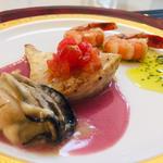 岩牡蠣とカジキ鮪のソテーw/すももソースと海老のアヒージョ風