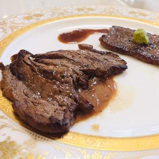 フィレとロースのビーフステーキ(Kitchenピエロ)