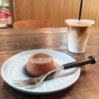 厚焼きフィナンシェ(マイクロレデイコーヒースタンド (MICRO LADY COFFEE STAND))