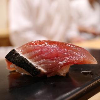 鰹(鮨はしもと)