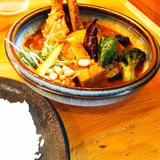 チキン1/2&豚角煮と野菜(Rojiura Curry SAMURAI. 下北沢店 )