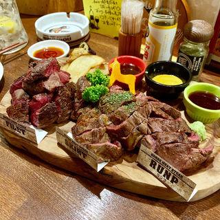 馬肉ステーキ盛り合わせ(馬酒場ボブリー)
