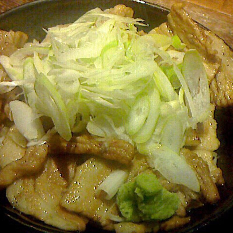 梵天豚の炭火焼き豚丼