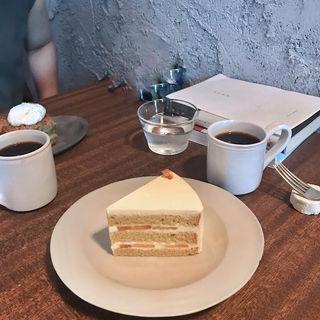 桃のショートケーキ(カワタ製菓店 )