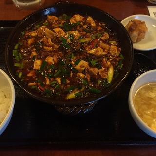 麻婆定食(味らい)