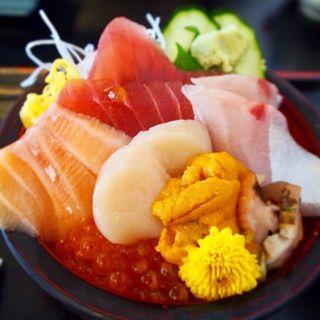海鮮丼(れすとらん海鮮庵 (かいせんあん))