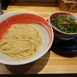 昆布水の醤油つけ麺
