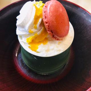 竹姫 マンゴーマカロンパフェ(無添くら寿司 さくら夙川店 )