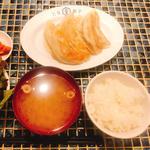 餃子定食 7ケ