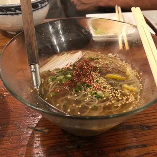あさり出汁冷麺(魅惑の七輪 らんまん (ミワクノシチリンランマン))