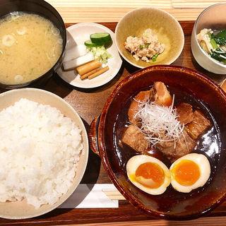 角煮定食(ごはんや一芯)