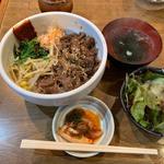 焼肉丼(マルタケ )