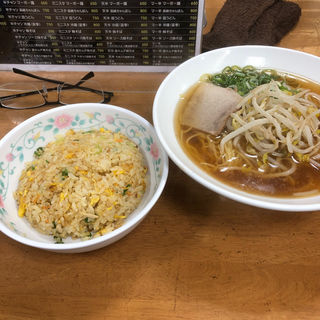 チャーハンセット(十八番 本店 (ジュウハチバン))