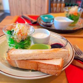 グラハムトーストセット(カフェ パラン (Cafe Phalam))